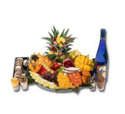 מגש פירות VIP בשילוב סושי ויין